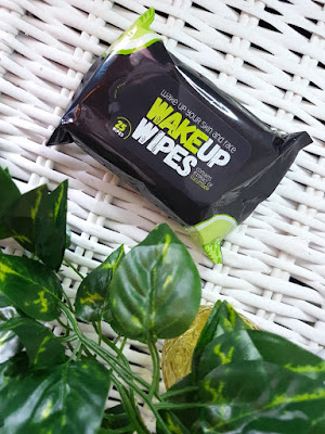 Misfit Cosmetics Wake Up Wipes