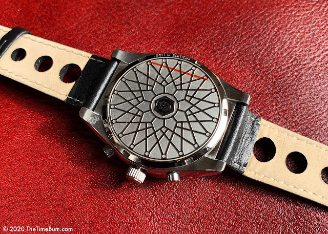 Helgray LeMans Classic Silver Chronograph case back