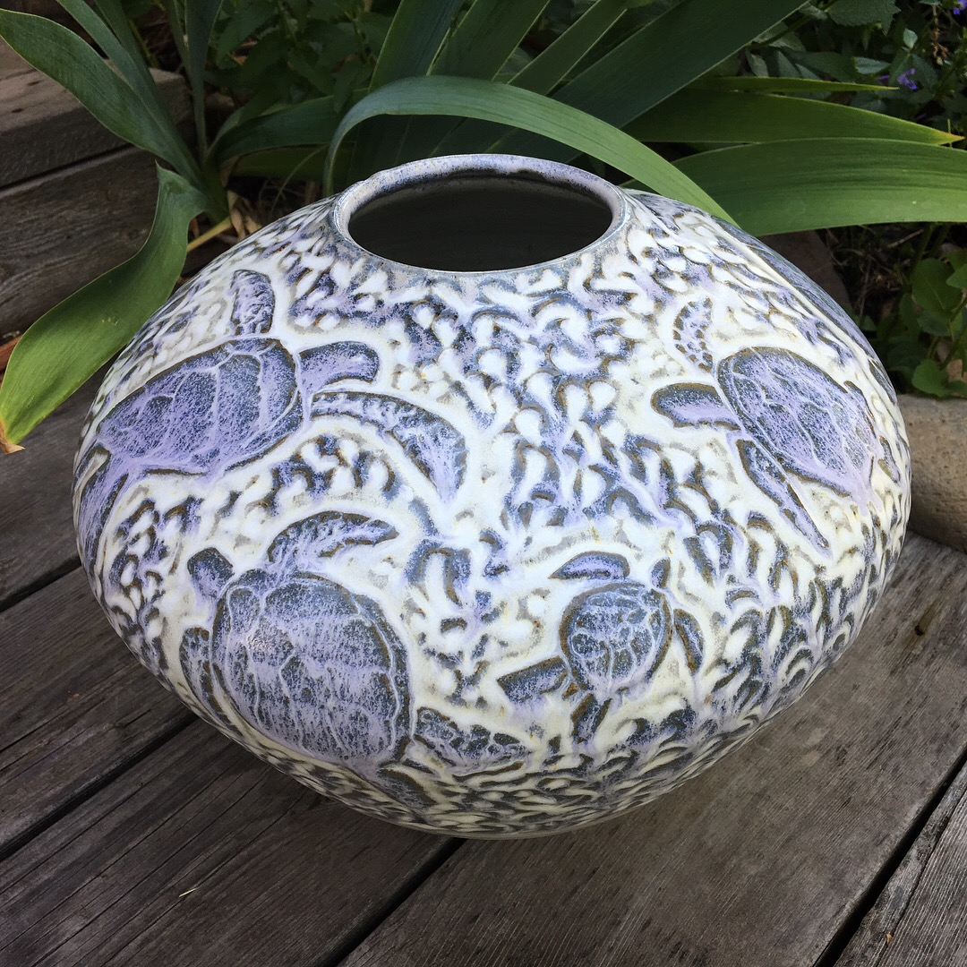 Maui, Hawaii Turtle Vase