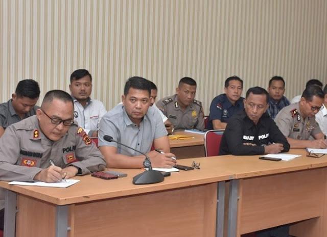 Kegiatan Rapat Satgas Nusantara Dipimpin Oleh Wakapolda Jambi, Yang Dilaksanakan Di Ruang Coffe Morning Mapolda Jambi