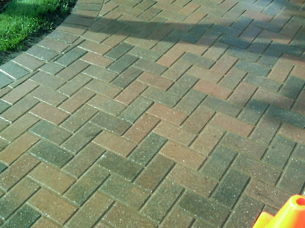 pros and cons of cobblestone paver