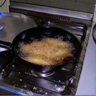 Os malefícios da fritura devido à acroleína.