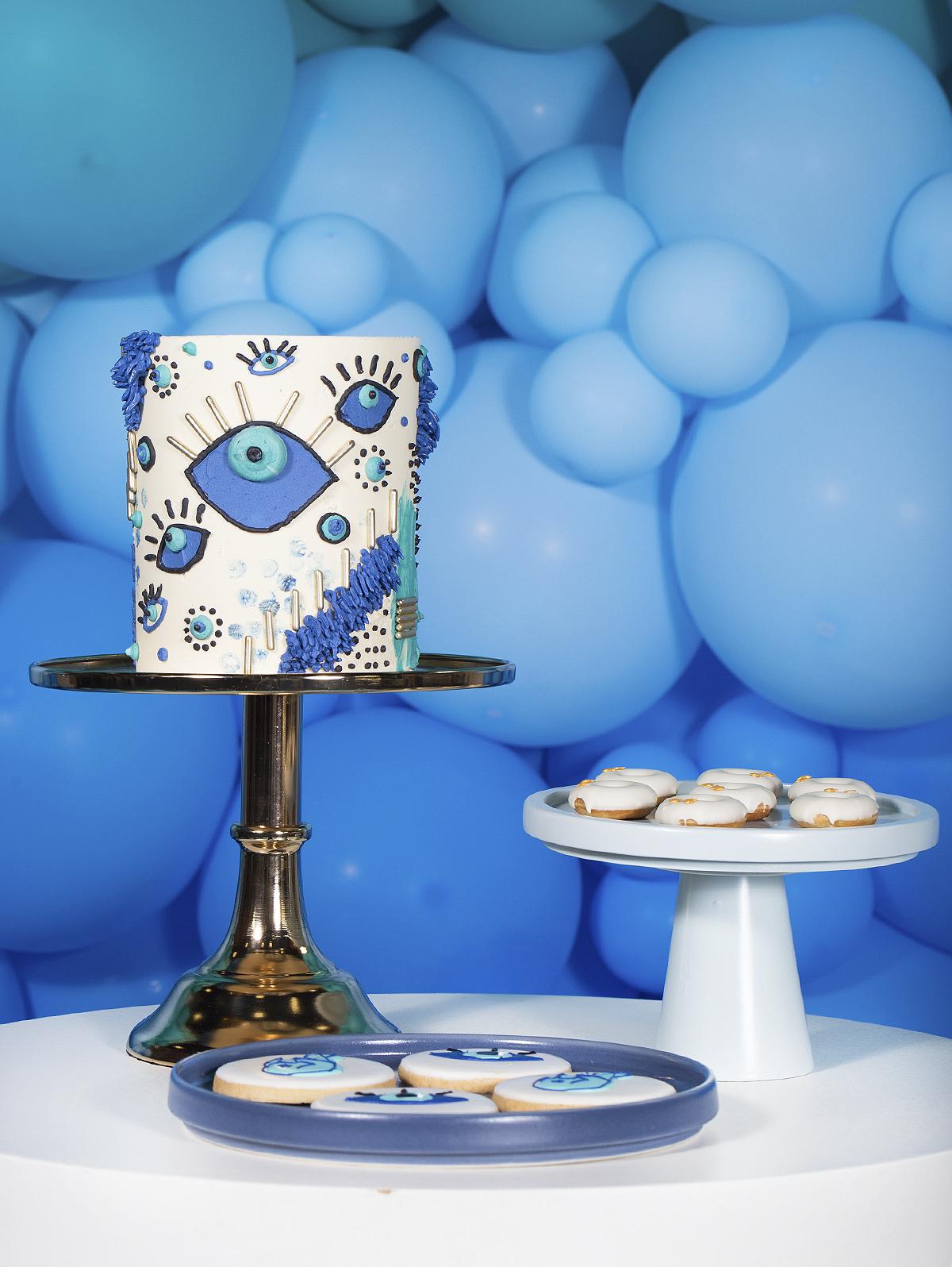 faca voce mesmo tutorial lustre de franjas metalizadas decoracao festa diy fringe tinsel chandelier