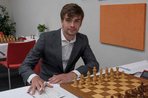 Belle entrée en matière pour le Hollandais Jorden Van Foreest (2691) qui a battu ronde 1 l'Allemand Vincent Keymer (2607)  - Photo © Photo Lars OA Hedlund