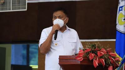 Gubernur Olly Tinjau vaksinasi di Politeknik Negeri Manado