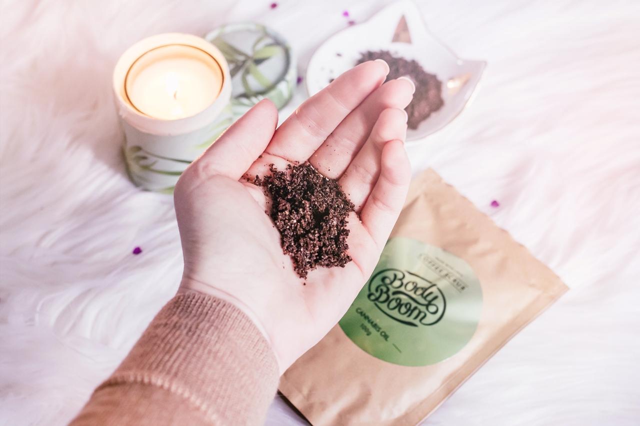6 powodów dla których warto sięgnąć po peeling kawowy!