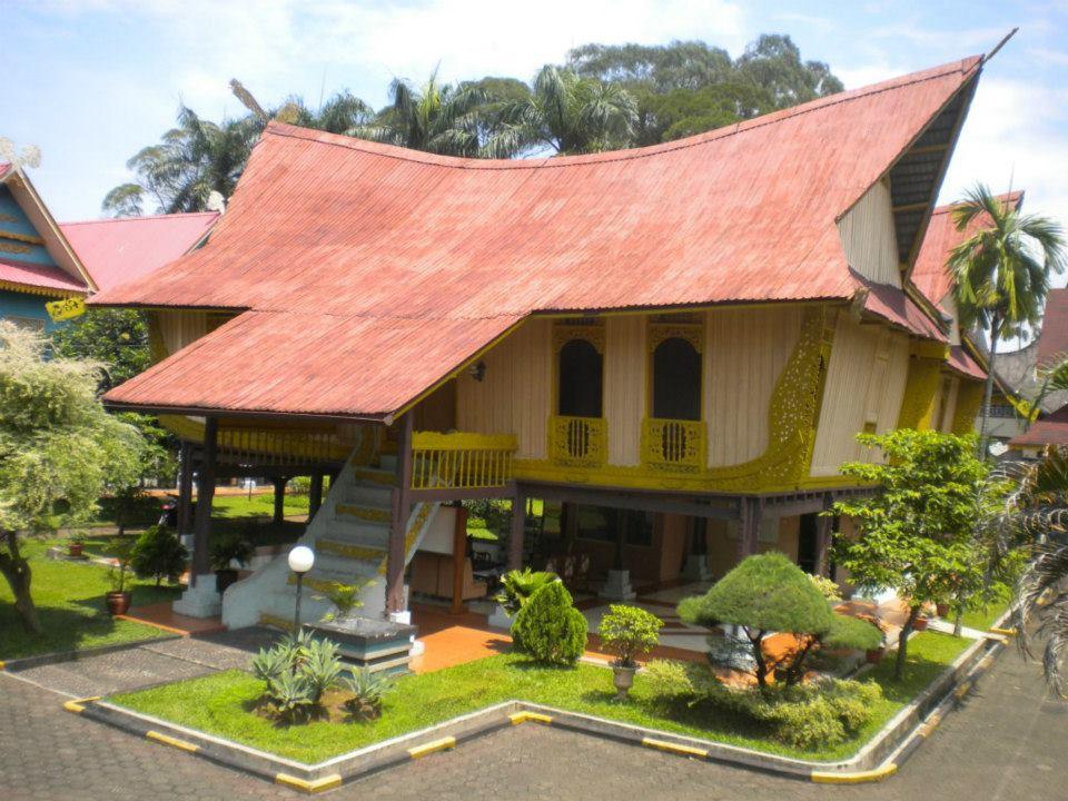 Rumah Adat Melayu Riau Lontik Lancang Kampar Berbagi Desain