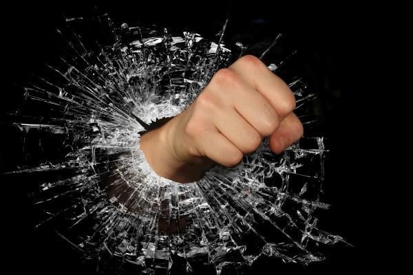 Nunca tome atitudes importantes no momento de raiva ou de tensão