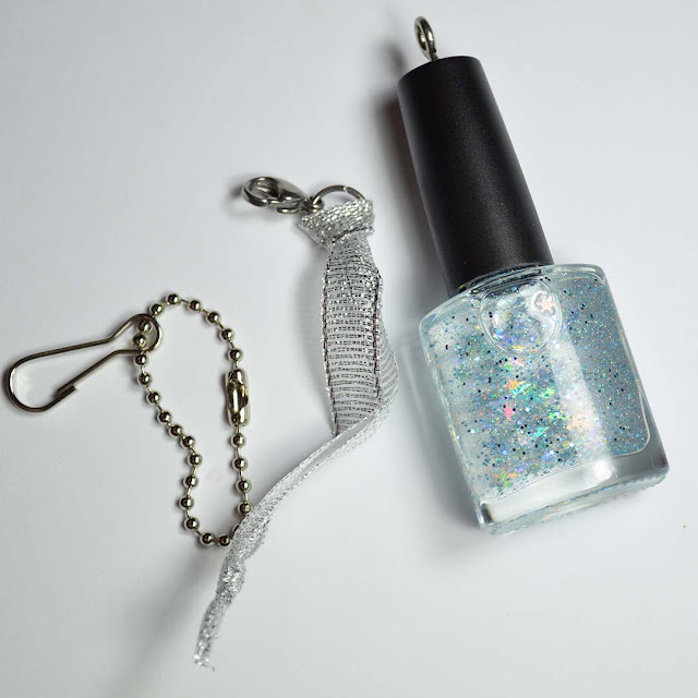 winter nail polish snow globe charm