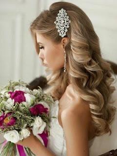 rulos y broche peinado de boda