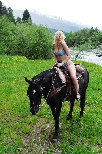 Derby Nude Riders 84