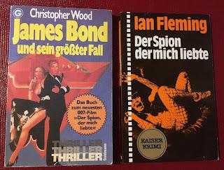 """Romane von Ian Fleming und Christopher Wood zu """"Der Spoin, der mich liebte"""""""