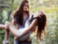 Tradisi Aneh, Wanita Di Tempat Ini Harus Menikah dengan Sesama Jenis