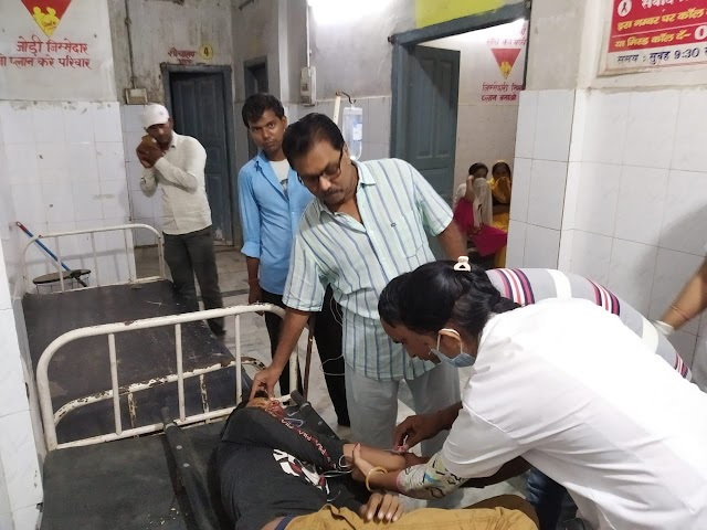 पुपरी के नया टोल जा रहे व्यवसायी दुर्घटना में जख्मी