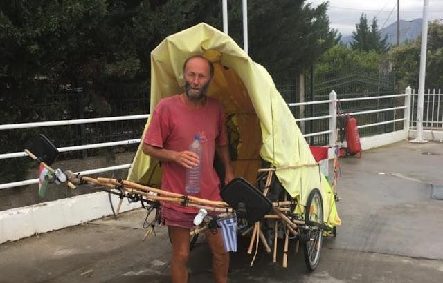 Διένυσε 2.000 χλμ. με ένα καρότσι από τη Βουδαπέστη στη Σπάρτη και ...συνεχίζει!