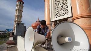 Larangan Beribadah Juma'tan di Masjid - Hingga Seruan Azan Shalat di Rumah. Hoax or Fakta !!!?