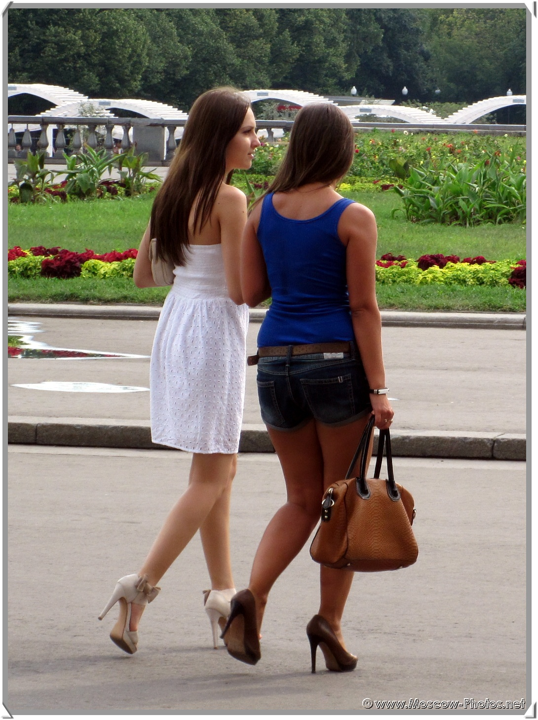 Sexy Russian Girls on the Moscow Street