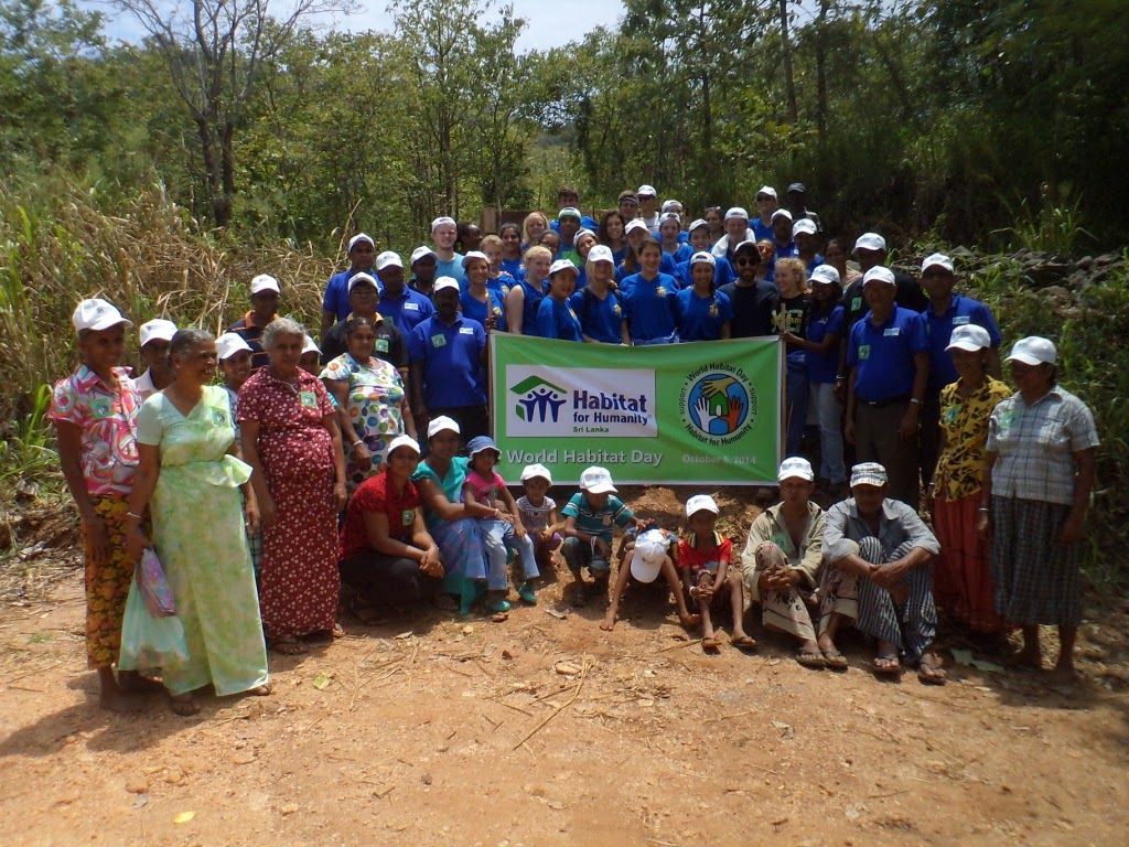 Group photo of volunteers in Matale, on World Habitat Day.