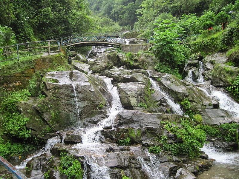 10 Best Backpacking Destinations in India | A waterfall in Darjeeling's scenic rock garden