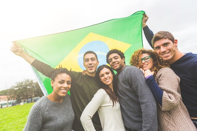 ¿Se considera a los brasileños latinos?