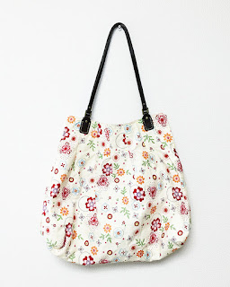 The very first bag I made. Pattern by u-handbag.