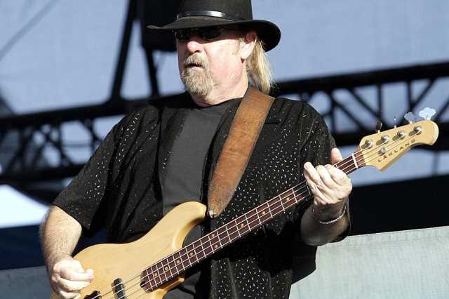 Απεβίωσε ο συνιδρυτής των Lynyrd Skynyrd, Larry Junstrom