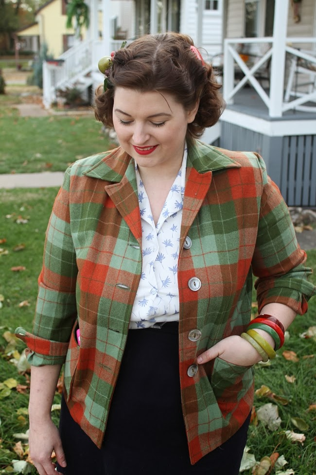 vintage pendleton 49er jacket with pin curls and bakelite