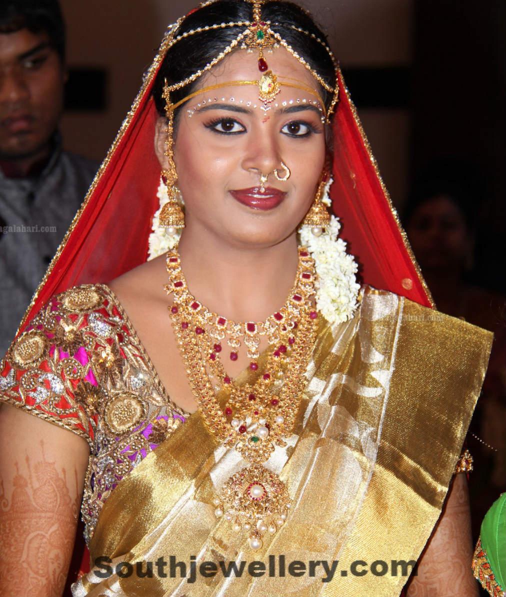 Bride in Wedding Jewellery Jewellery Designs