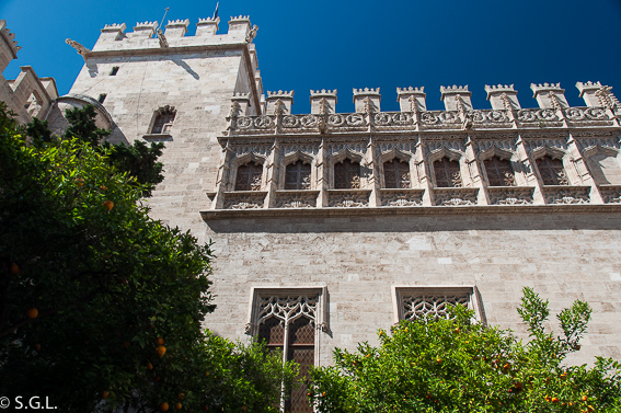 Exterior edificio lonja de la seda en Valencia