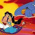Tin tuc - Người đàn ông cưỡi 'thảm thần' của Aladdin trên đường phố