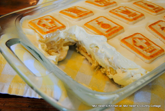 Banana Pudding with Shortbread Cookies at Miz Helen's Country Cottage