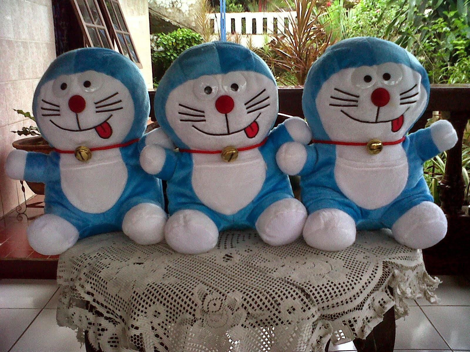 Boneka Karakter Doraemon c4688b999e