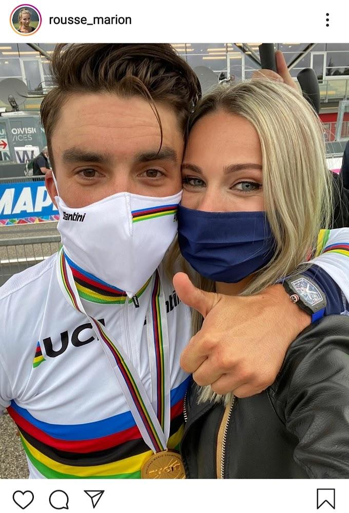 Marion Rousse y Julian Alaphilippe celebran el triunfo de Alaphilippe en el Mundial de Imola