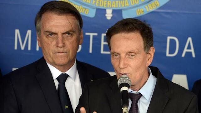 Crivella lamenta campanha dura e chama Bolsonaro de 'herói'