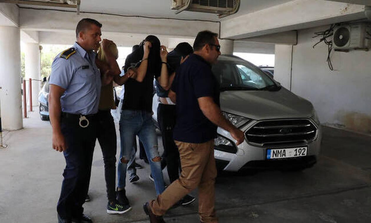 Σάλος στην Κύπρο: 19χρονη καταγγέλλει ομαδικό βιασμό από 12 άτομα