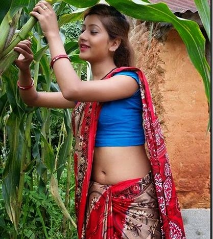 Young side boob in saree malayalam movie