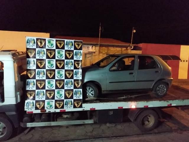 ARAGUATINS: Força Tática da PM apreende menor e recupera veículo furtado