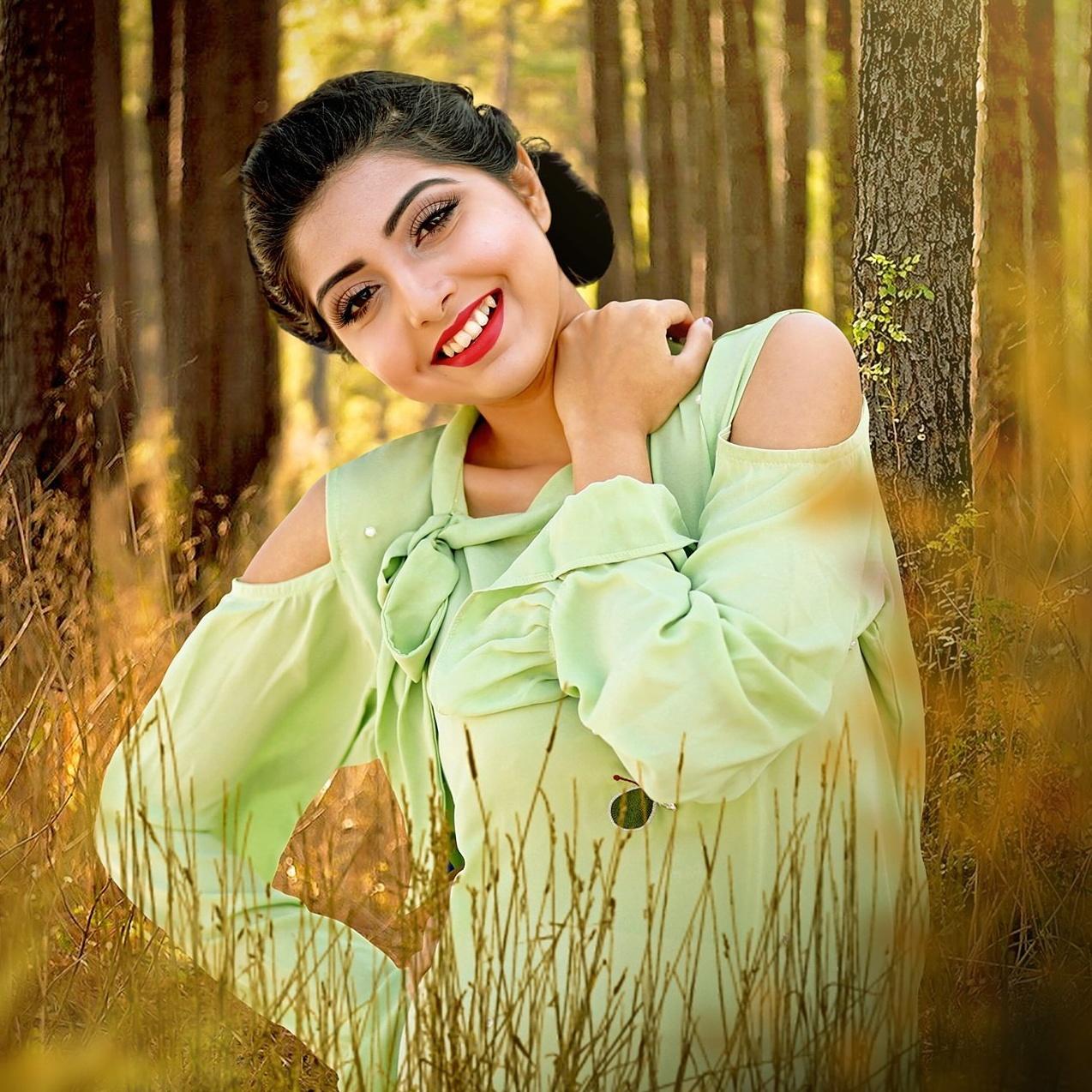 Porshi - Bangladeshi Singer  Photos 21