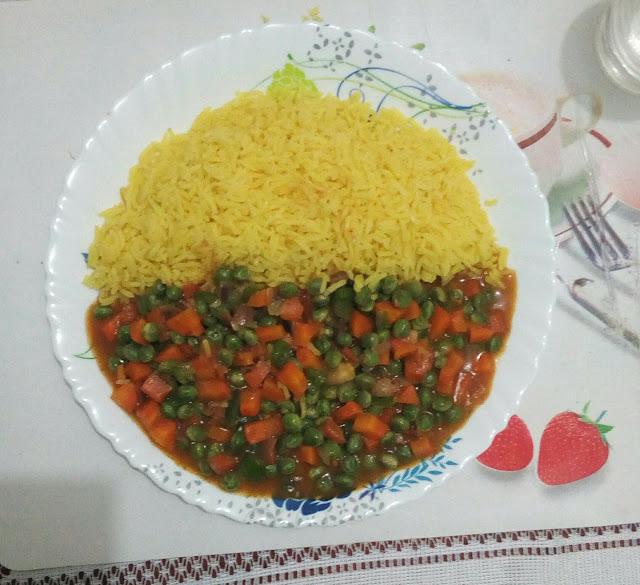 Turmeric rice with mixed veggies