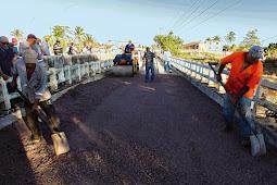Governo libera ponte de Riachuelo, restabelece abastecimento de água e anuncia reconstrução das casas