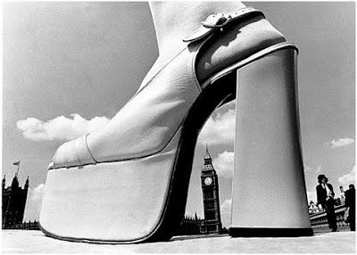 Una zapatilla de mujer en Londres