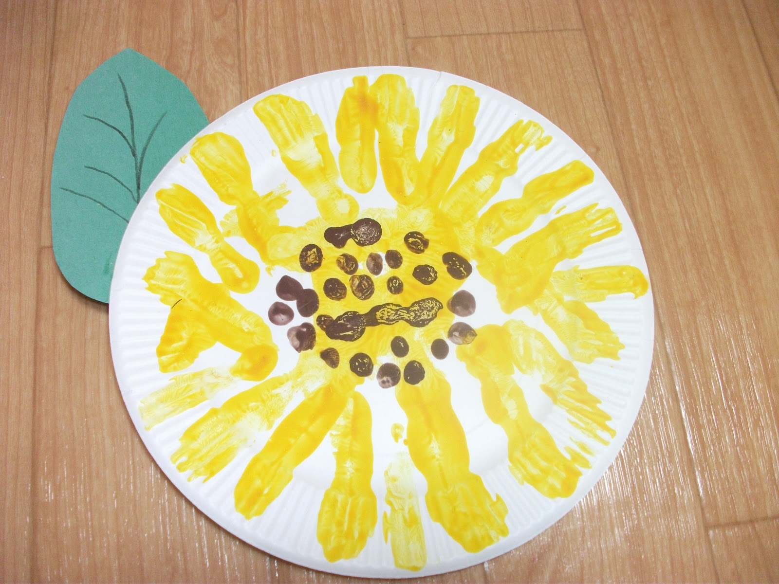 Easy Paper Plate Sunflower Craft
