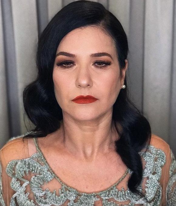 maquiagem de festa para mãe da noiva