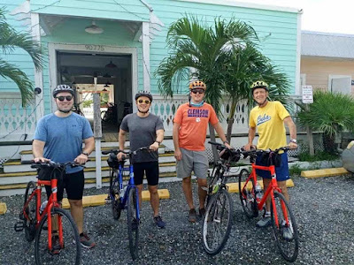 carbon road bike rental in Miami