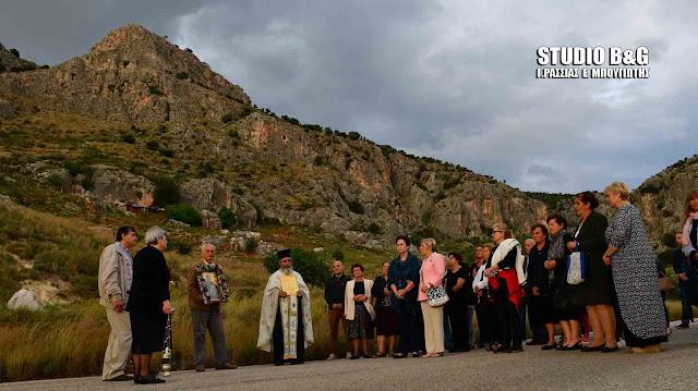 Ναύπλιο: Γιορτάζει ο Άγιος Ιωάννης ο Θεολόγος στην παραλία Καραθώνας