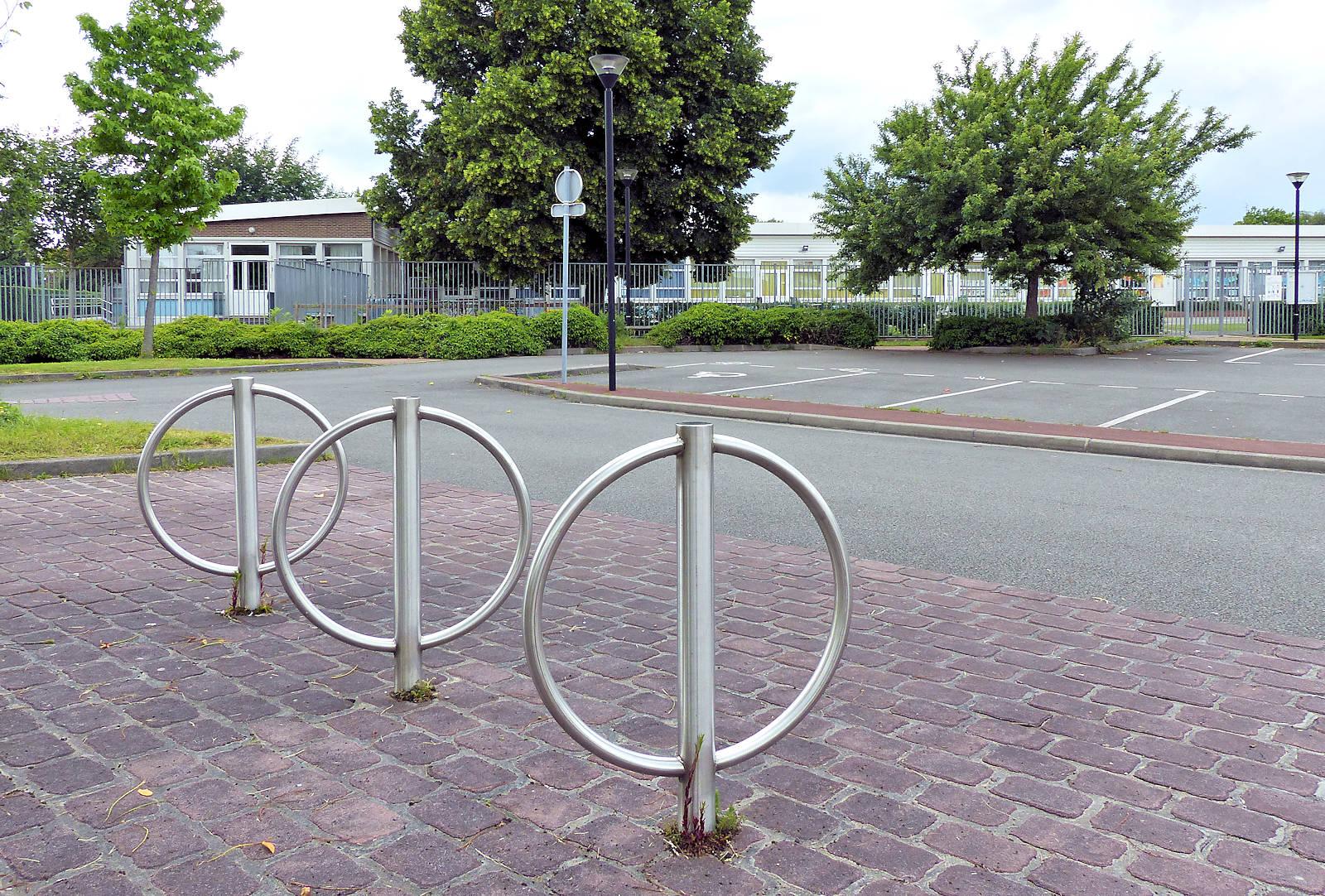 Parking, arceaux Vélos, école Claudel, Tourcoing