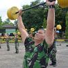 Personel Korem 141/Tp, Apel Pagi Dilanjutkan Senam Barbel