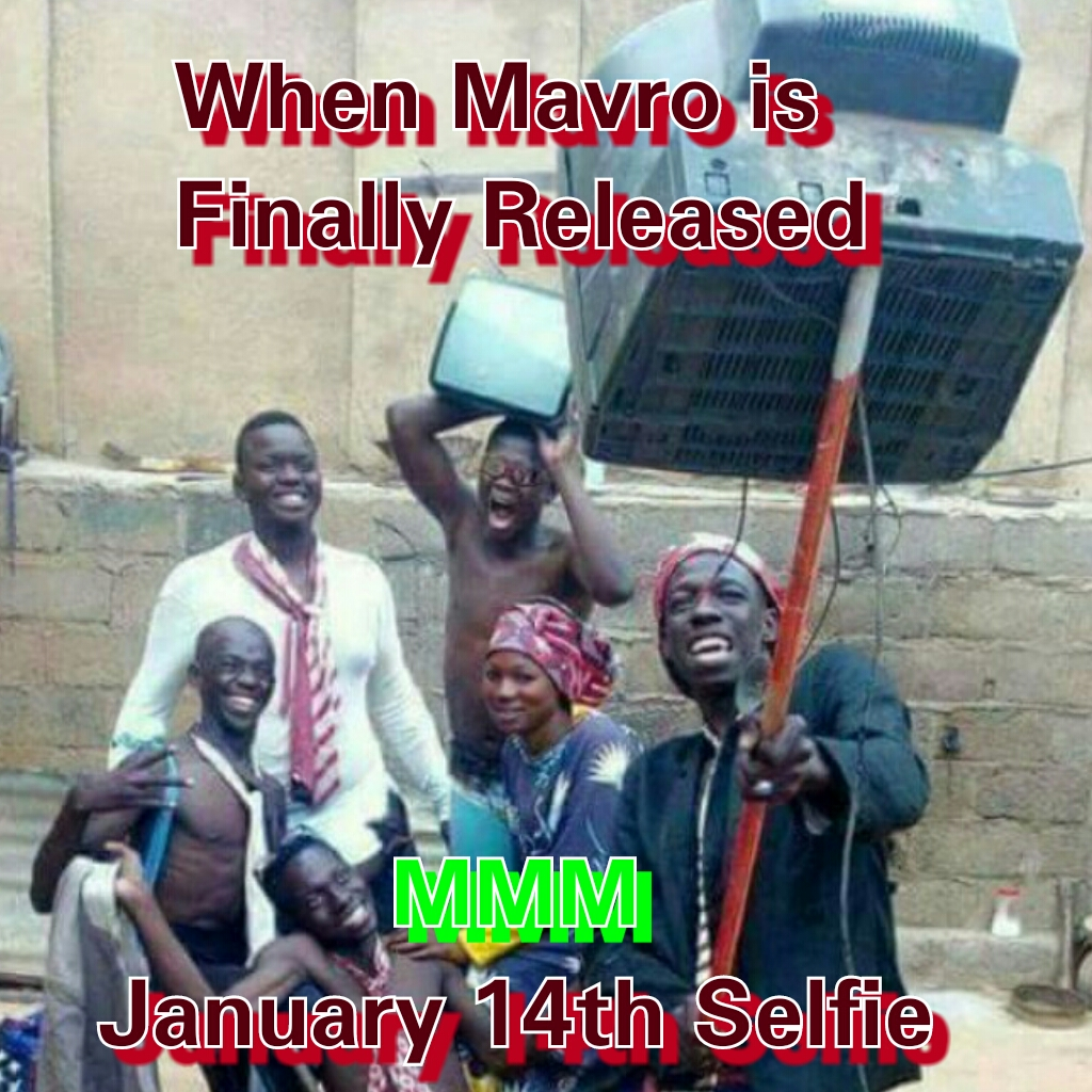 Lol This Picture Depicts Family And Friends Taking A Selfie After They Got Their Mmm Bank Alert One Can Say That Mmm Participants Wont Literally Use