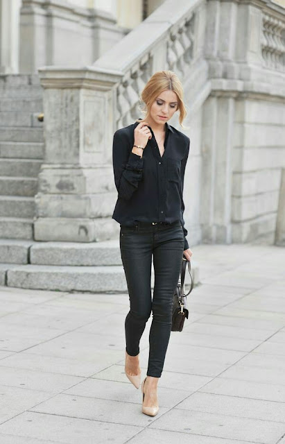 Black down blouse and skinny jeans
