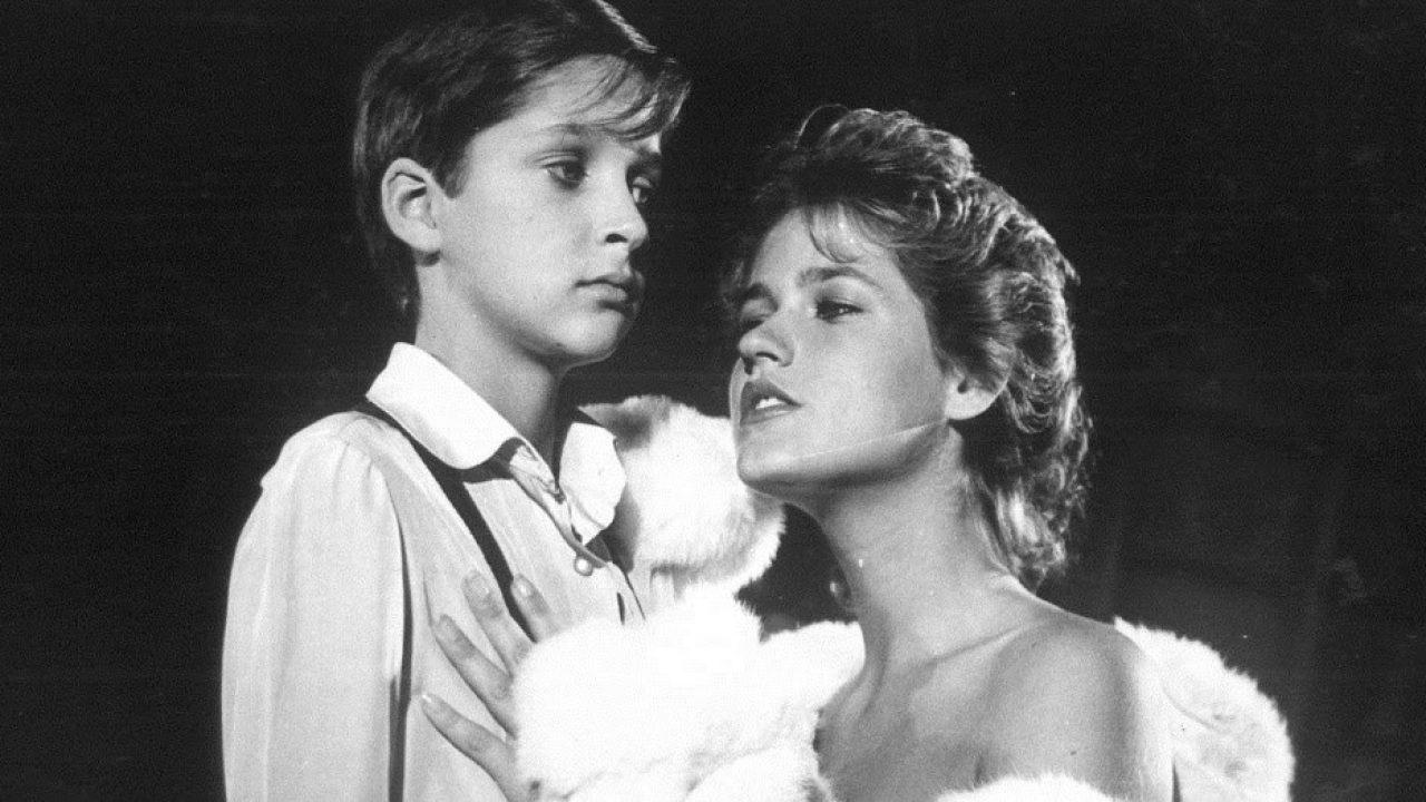 Amor Estranho Amor 1982 folha: filme com nudez de xuxa pode voltar a ser exibido no